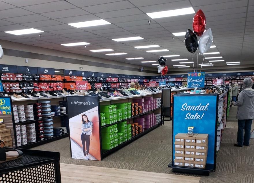 Kathryn Bielefeld – Shoe Sensation Inc.