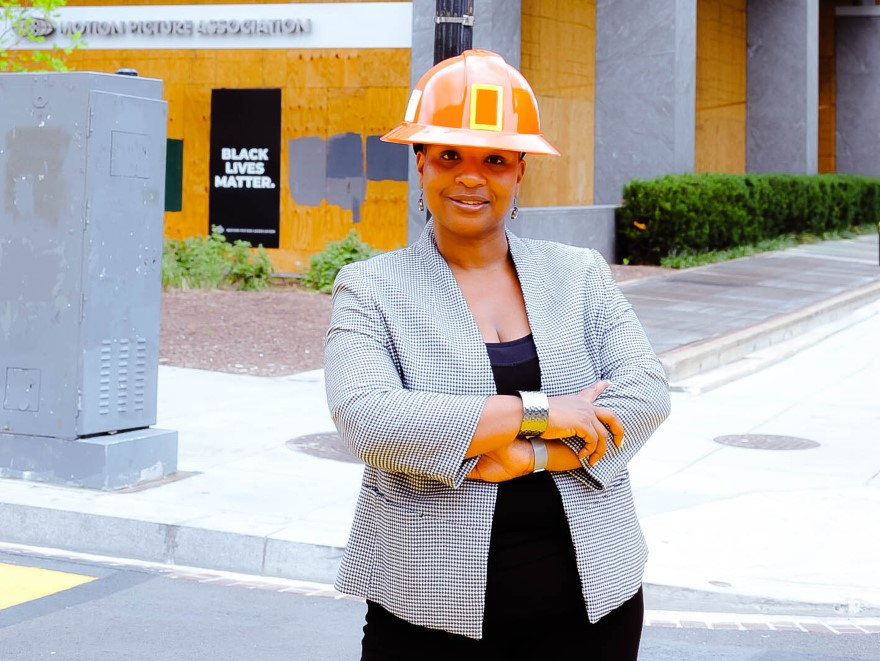 Comico Hadden | Operations, Project and Facilities Management Executive