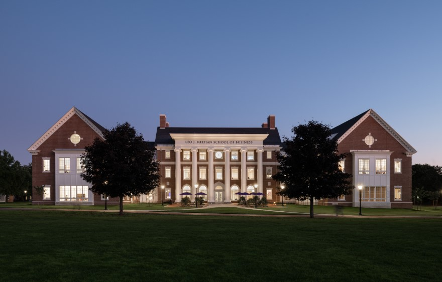Bruce Boyer – Stonehill College